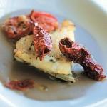 Baccalà al forno, crema di lenticchie e peperoni croccanti